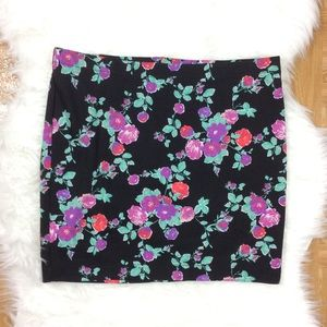 Candies Large Floral Black Mini Skirt A